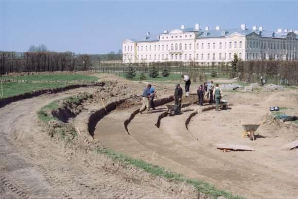 Zaļā teātra amfiteātra veidošana 2003. gadā