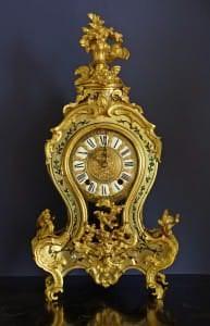 Pulkstenis. Francija. 18. gs. vidus