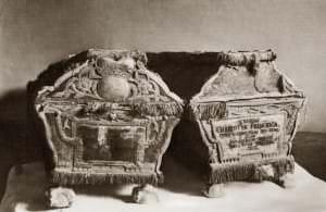 Гробы принца Петра и принцессы Шарлотты Фридерики в 1913 году