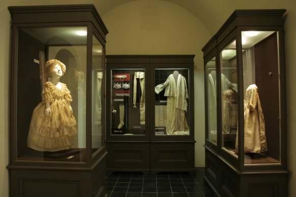 Kurzemes hercogu kapenēs iekārtotā ekspozīcija