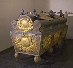 Kurzemes hercogienes Sofijas Amēlijas sarkofāgs